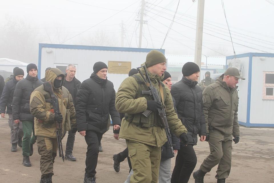 Материнские объятья, вторая Савченко и угробленное здоровье: Закулисье обмена пленными между Украиной и Донбассом